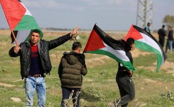 صورة العودةُ إلى غزةَ كما فلسطين حقٌ مقدسٌ فمرحباً بالعائدين
