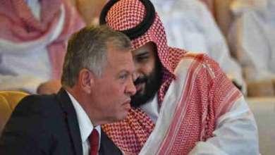 """صورة هل هُناك نوايا سعوديّة للتّقارب جدّيًّا مع إيران؟ وما الجديد الذي يَقِف خلف هذا التّغيير """"المشروط""""؟ وكيف سيكون ردّ الفِعل الإيرانيّ؟ ولماذا جرى اختِيار وزير الخارجيّة لتمرير الرّسائل المُشفّرة وفي هذا التّوقيت؟"""