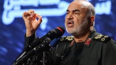 صورة قائد الحرس الثوري الإيراني اللواء حسين سلامي للتلفزيون الإيراني: الولايات المتحدة لا يمكنها منع هزيمة السعودية من قبل مجاهدي اليمن وهي مجبرة على ترك المنطقة تدريجيًا