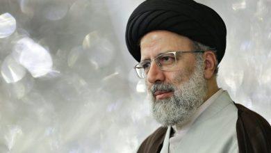 صورة حين ينتخب الشعب الايراني قائدا إنسانيا