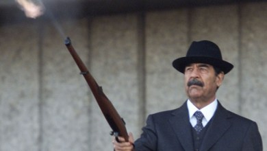 صورة من فتح بالوعة صدام البعثية؟
