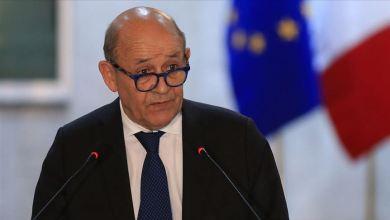 """صورة """"ابن الوزير"""" تقرير يُربك وزير خارجية فرنسا ويضعه في ورطة.. ما علاقة محمد بن زايد؟"""