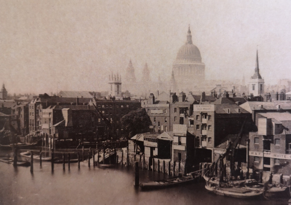 Queenhithe wharfs in 19th century