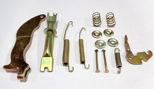REPAIR KIT HAND BRAKE SHOE D/GRAN MAX RIGHT HAND
