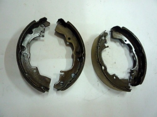 BRAKE SHOE ASSY D/ CHARADE G11 REAR
