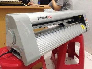 Mesin cutting sticker