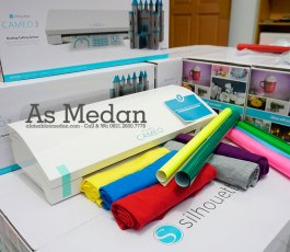 Mesin Cutting Sticker Silhouette Cameo 3