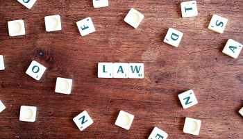 reduce risk of going to law school
