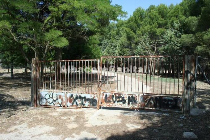 Ganemos pide que el Ayuntamiento compre el terreno del antiguo hospital Virgen de Los Llanos