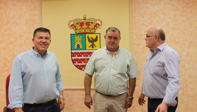 Villavaliente pide a la Junta que acometa obras que garanticen una mayor seguridad al transporte agrícola