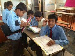 Imagen de los niños con discapacidad visual a los que van dirigidos el material escolar. Foto: Facebook Quijote Team