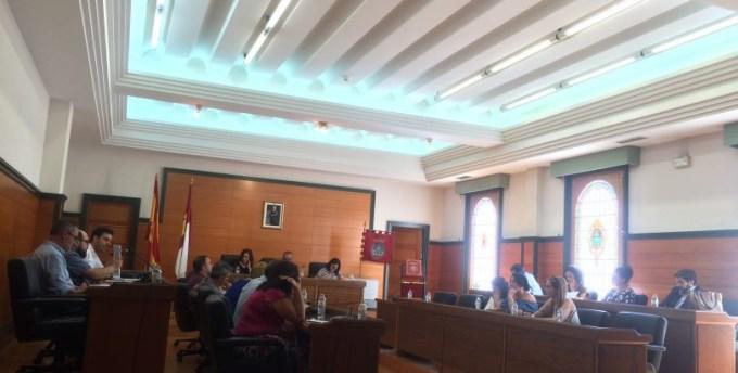 """El Ayuntamiento de Villarrobledo cede a la """"presión"""" de un lobby y retira su apoyo al pueblo palestino"""