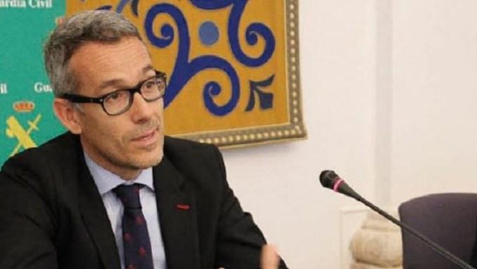"""ENTREVISTA   Jesús Gil, primer fiscal contra la violencia de género en Castilla-La Mancha : """"Todos debemos ser especialistas"""""""