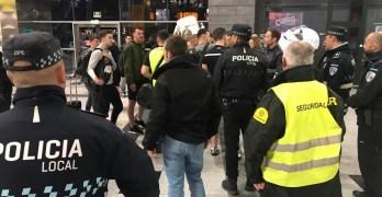 Desalojan en Albacete a un grupo de aficionados británicos que alteraron el orden en el tren Madrid-Valencia