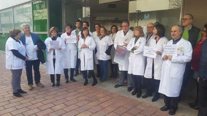 Más tiempo para sus pacientes, más personal y mejoras tecnológicas: Los médicos protestan por una Atención Primaria digna