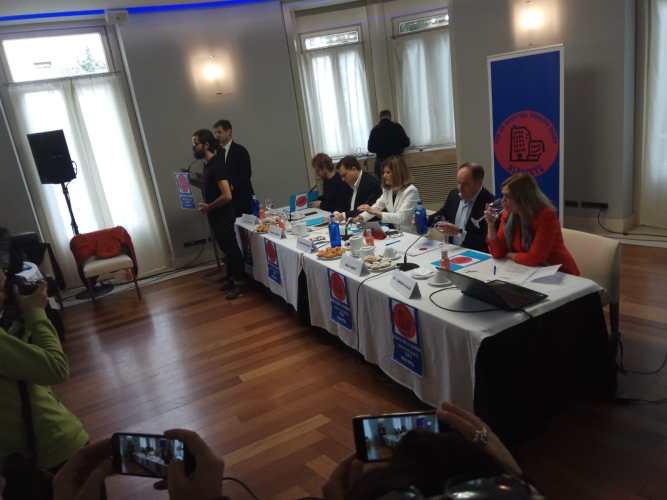 El debate sobre el Hospital termina con el compromiso de un 'Pacto sanitario por Albacete'