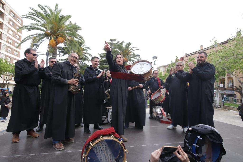 Encarnita Onrubia se convierte en la primera 'Tamborilera del año' de Hellín