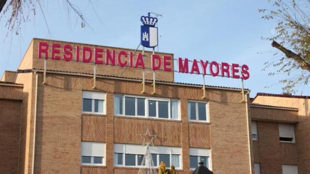 Aprobados 1,3 millones de euros para la limpieza y retirada selectiva de residuos en la Residencia de Mayores del Paseo de la Cuba