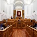"""Las Cortes regionales acogen cinco testimonios de mujeres """"para visibilizar las distintas luchas por la igualdad"""" en el 8M"""
