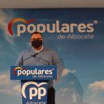 """El PP critica el protocolo de vacunación de mayores de 80 años en Albacete: """"Se les pide realizar largos desplazamientos"""""""