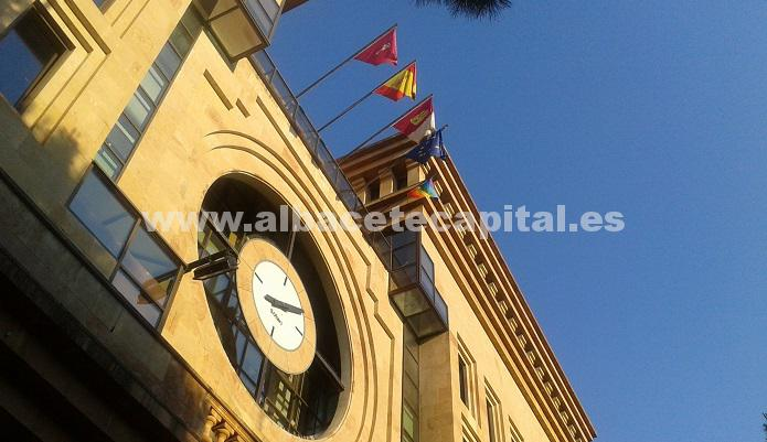 bandera arco iris Ayto. Albacete
