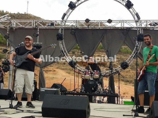 El grupo albaceteño Barrizal sobre el escenario.