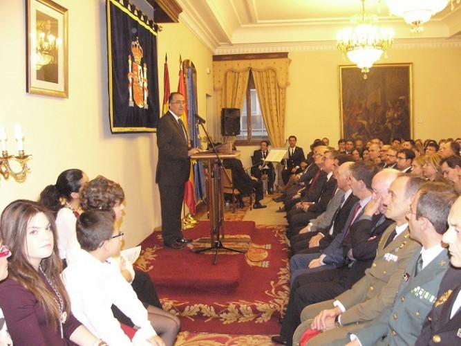 04-12-15 Acto Día Constitución