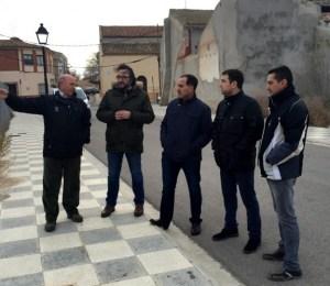 Imagen de archivo de la visita de los concejales socialistas a El Salobral.