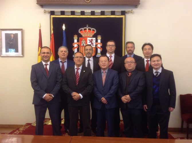 21-04-16 Visita empresarios China(1)