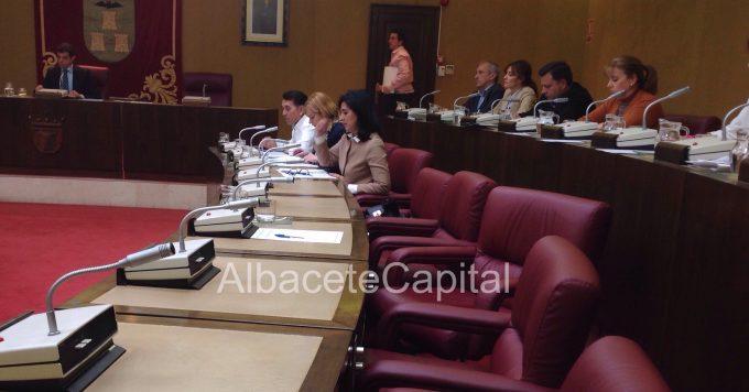 Desde ese momento la silla del concejal no adscrito, Pedro Soriano, se ha quedado vacía.