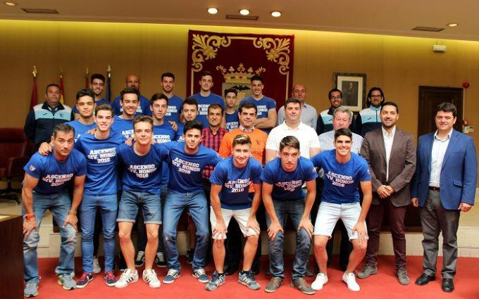 Foto.Recepción Escuela de Fútbol Albacete.20-6-16 (2)