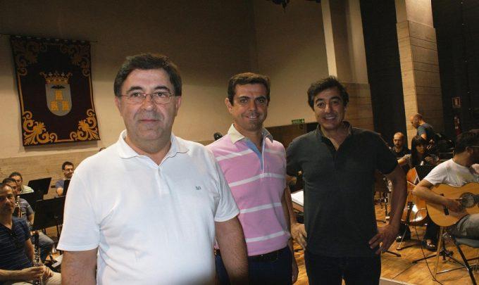 Foto.Javier Cuenca visita Banda Sinfónica Municipal de Albacete y a Juan Valderrama.31-8-16
