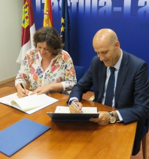 firma-convenio-sabadell-2