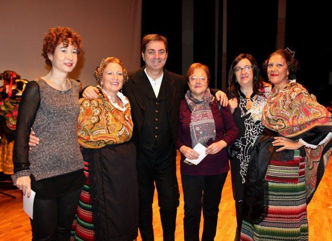 foto-ma-angeles-martinez-ii-festival-folklorico-el-trillo-a-beneficio-de-caritas-diocesana-de-albacete-19-11-16
