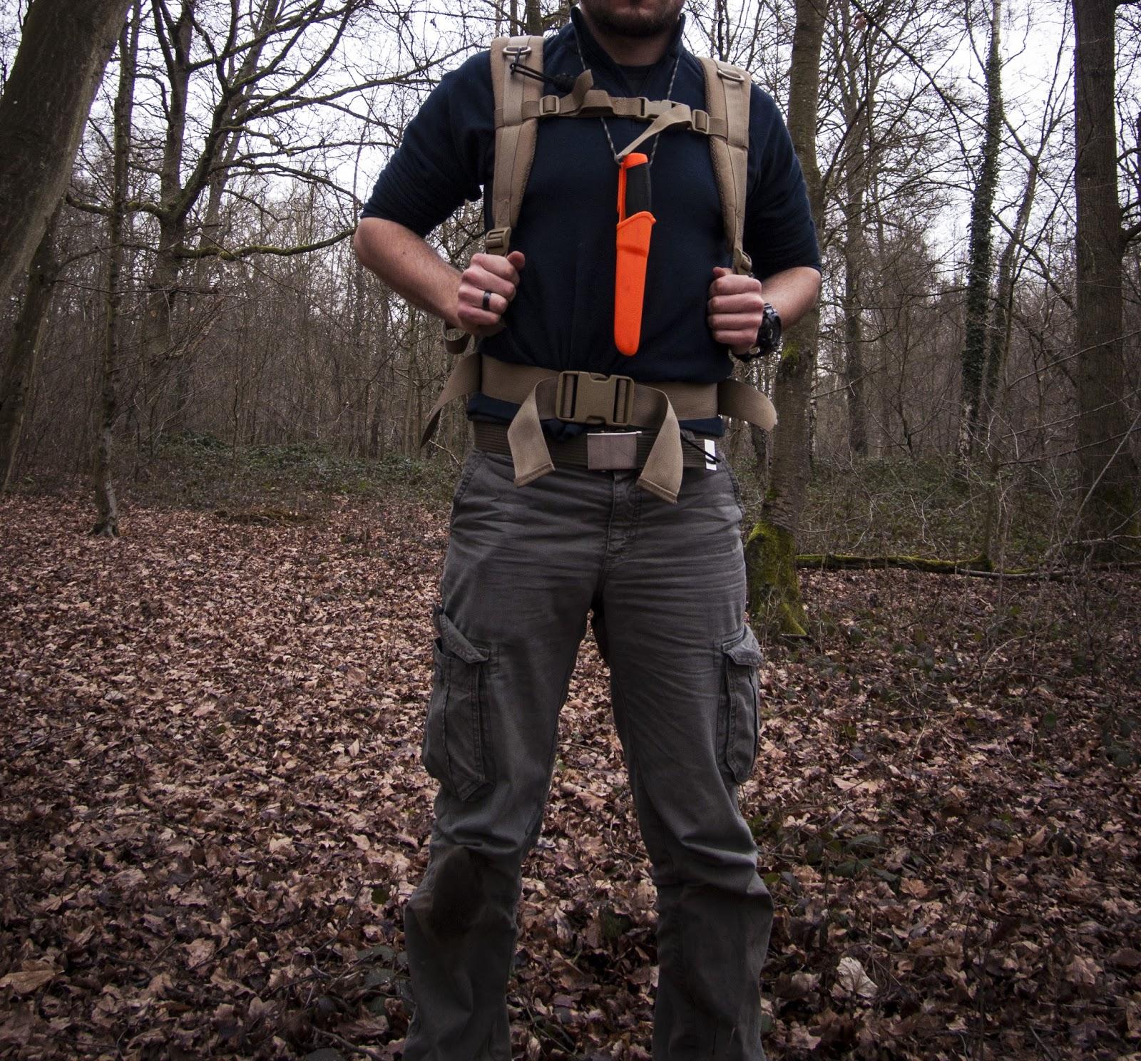 Comment porter un couteau de Bushcraft avec son sac à dos ?
