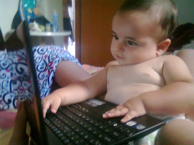 Albania Internet use (photo)