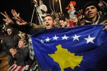 Kosovars celebrate the independence of Kosovo