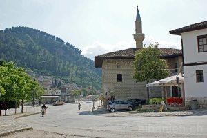 Junggesellenmoschee in Berat (Albanien)