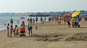 In Durrës am Strand
