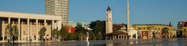 Reiseinformationen: Skanderbegplatz in Tirana