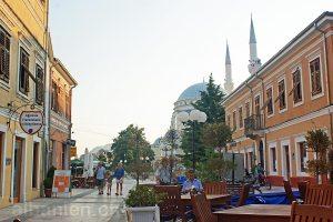 Fussgängerzone »Piaca« in Shkodër, Albanien