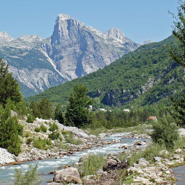 Albanische Alpen: Theth