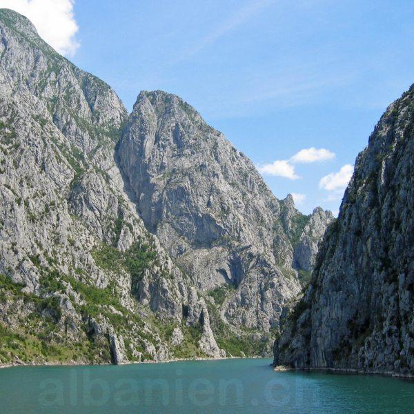 Albanische Alpen: Tropoja mit Valbona & Koman