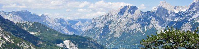 Valbona-Tal in Albanien: Blick vom Valbona-Pass