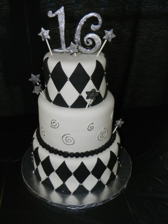 16 Birthday Cakes Black And White 16th Birthday Cake For Boy Cakecentral
