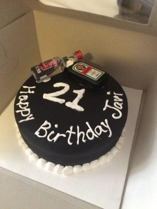 21St Birthday Cake Ideas For Her Simple But Nice Cake For Guys 21st Birthday Baking Pinterest
