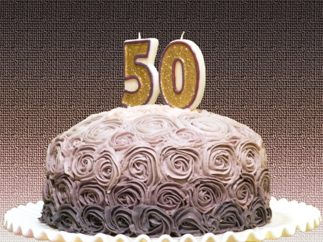 50 Birthday Cake Ideas 50th Party Theme Lovetoknow