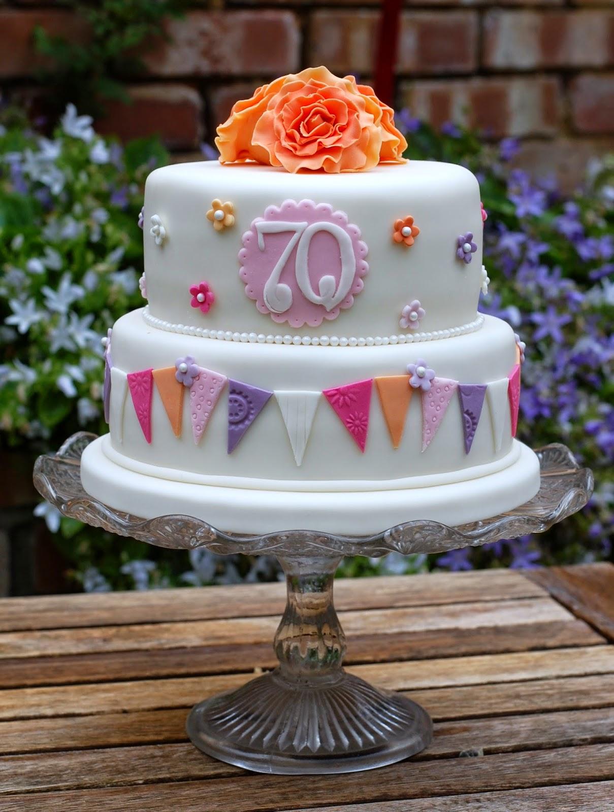 70Th Birthday Cake Pretty 70th Birthday Cakes Vanilla Frost Cakes