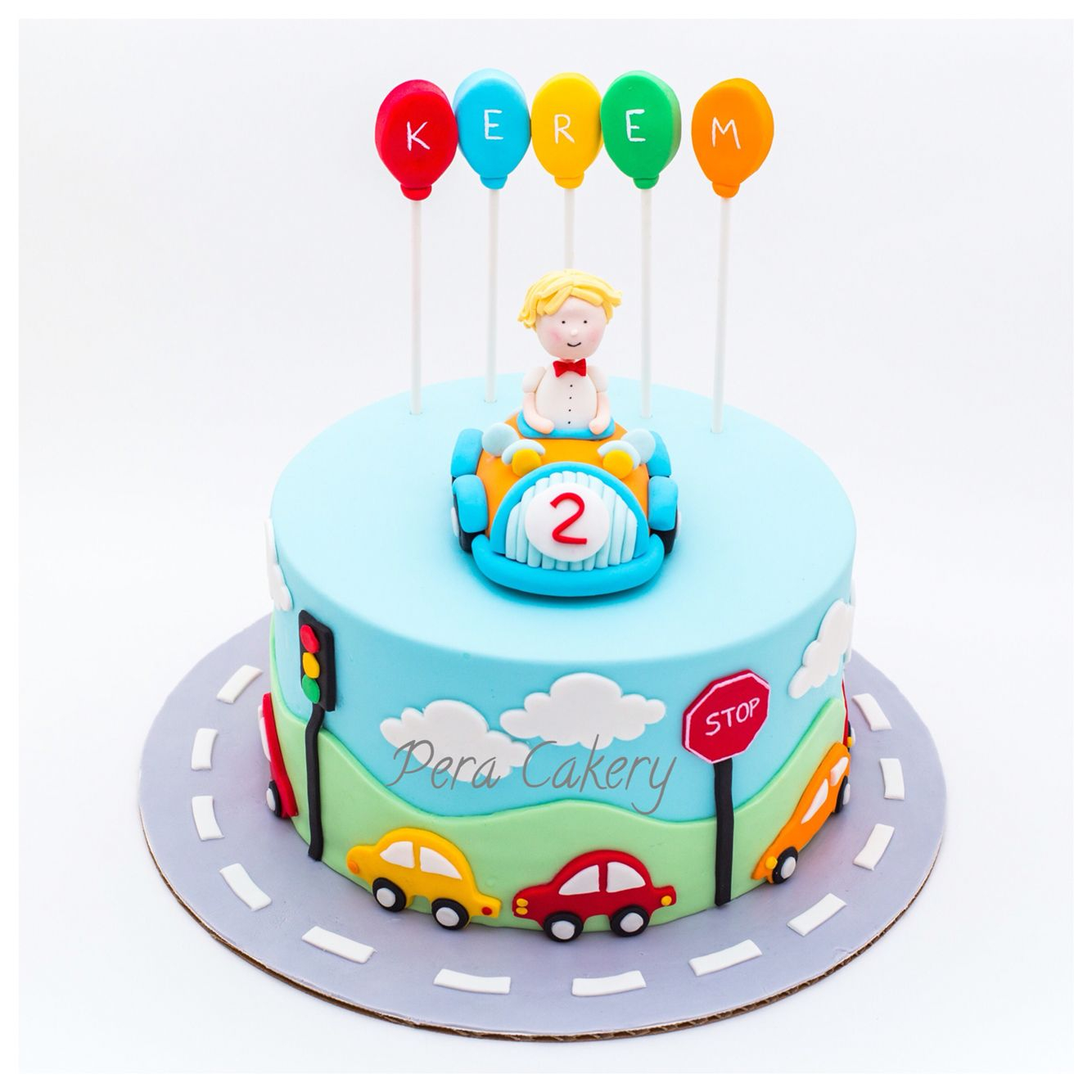 Birthday Cake Boy Car For A 2 Year Old Pera Cakery Cakes Pinterest
