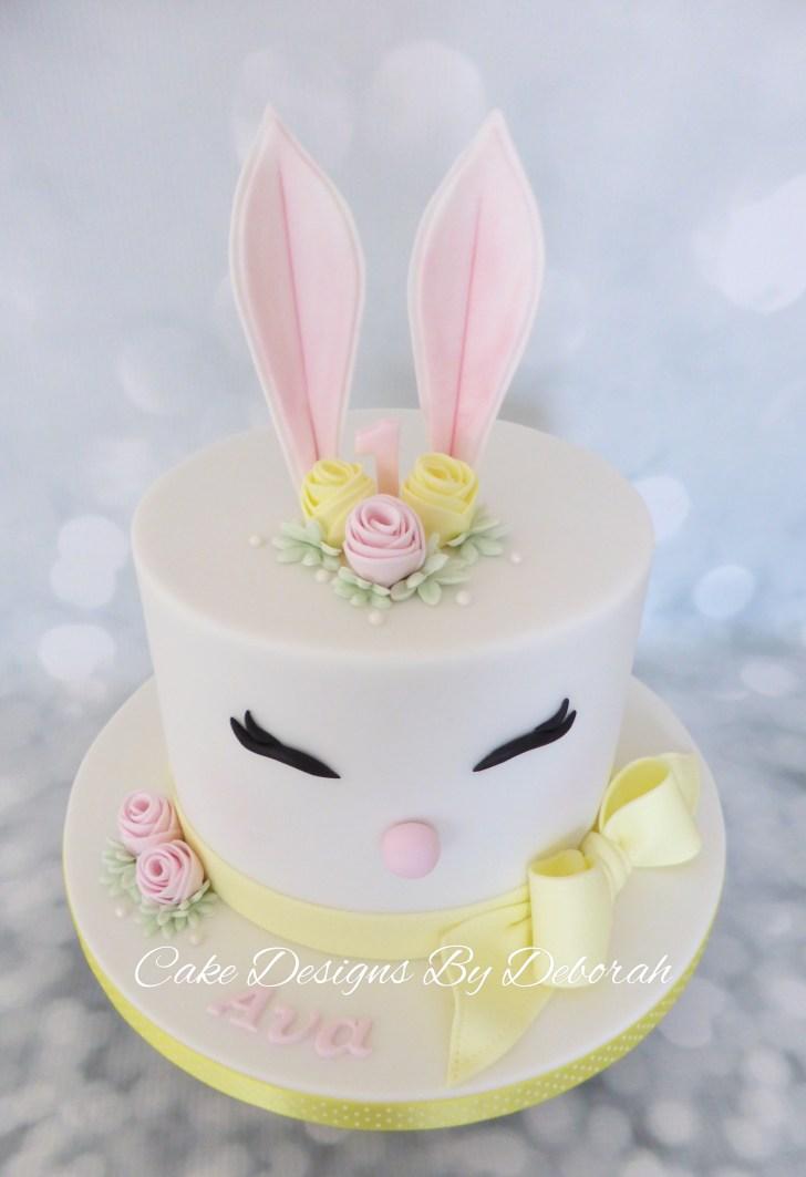 34+ Brilliant Picture of Bunny Birthday Cake